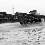 戏浪黄龙溪