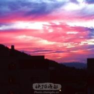 清晨彩云红