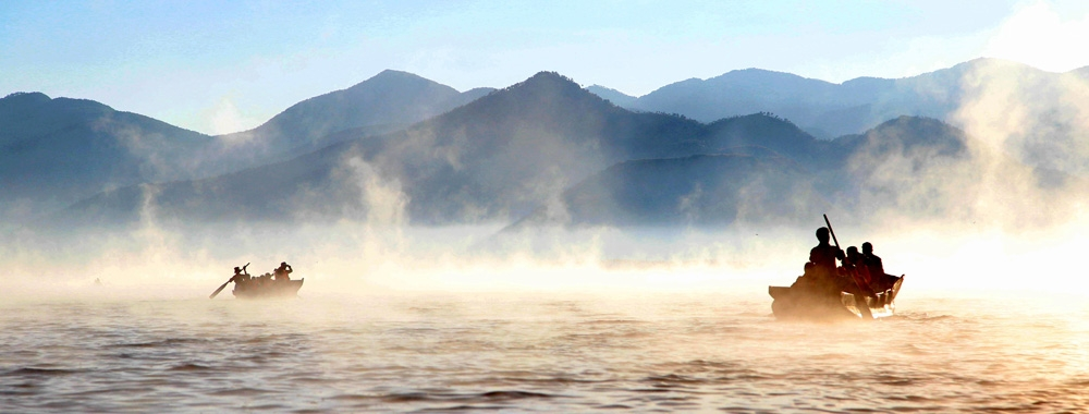 朦胧的晨雾